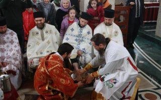 Света Архијерејска Литургија и Обред омивања ногу у манастиру Клисина