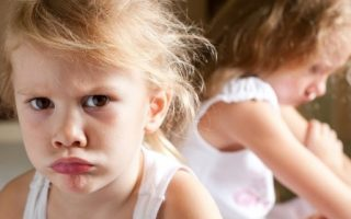 Зашто је нашој деци досадно у школи, нестрпљива су, нервозна и немају праве пријатеље?